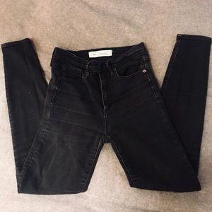 Gap size 26 true skinny high waisted black jeans